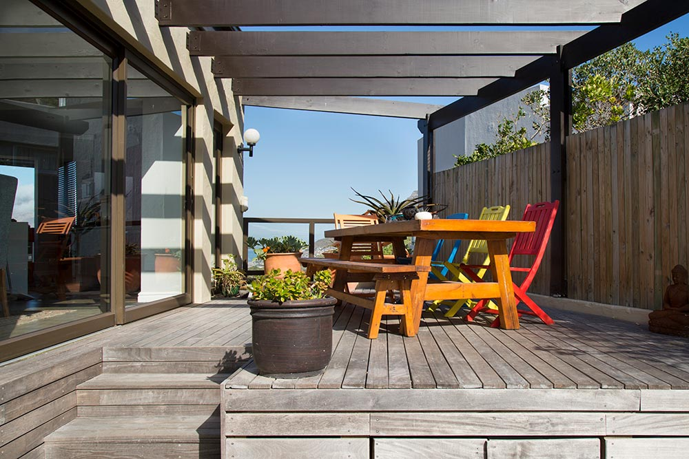 Decking pergola project done for a client in hout bay - Hout pergola dekking ...