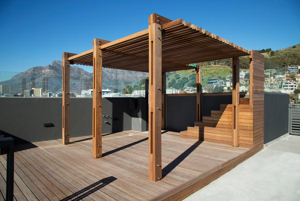 The Warwick Greenpoint Had A Pergola Project In Cape Town